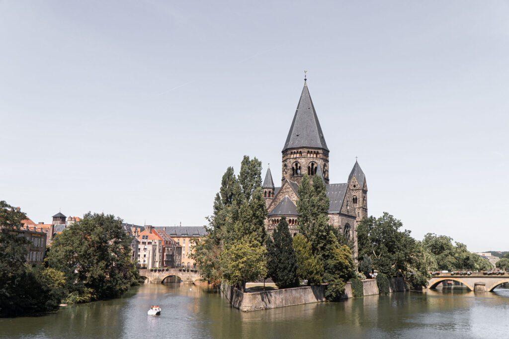 Metz new temple